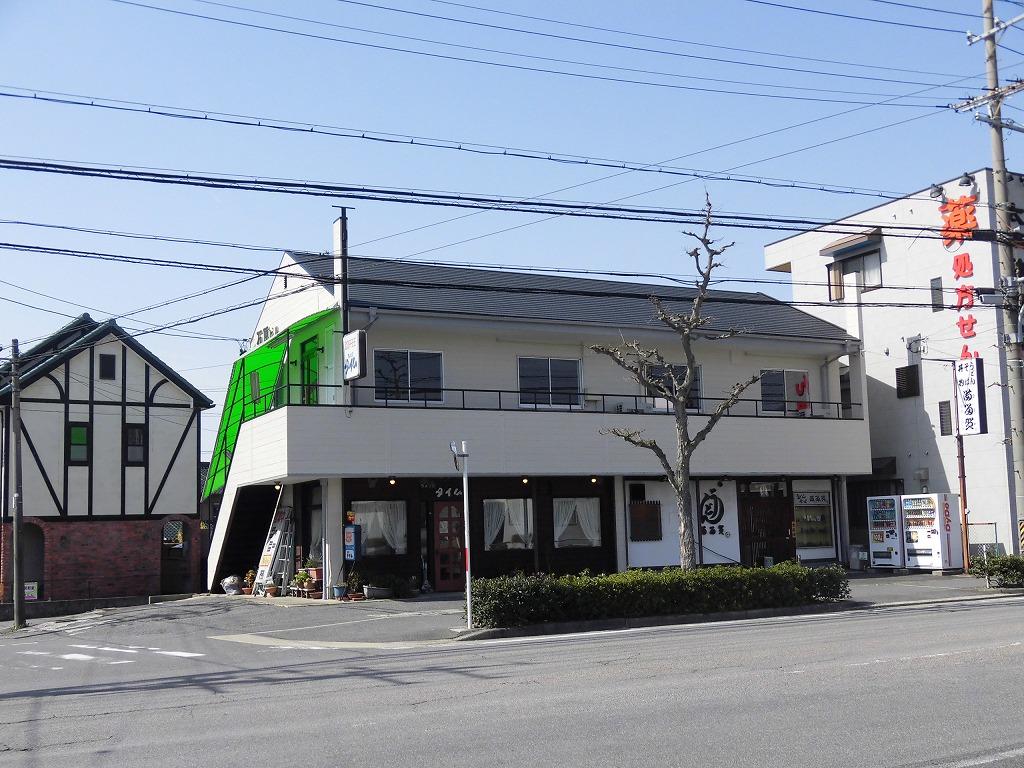 岡崎インター近くロードサイド店舗!駐車場3台込み!