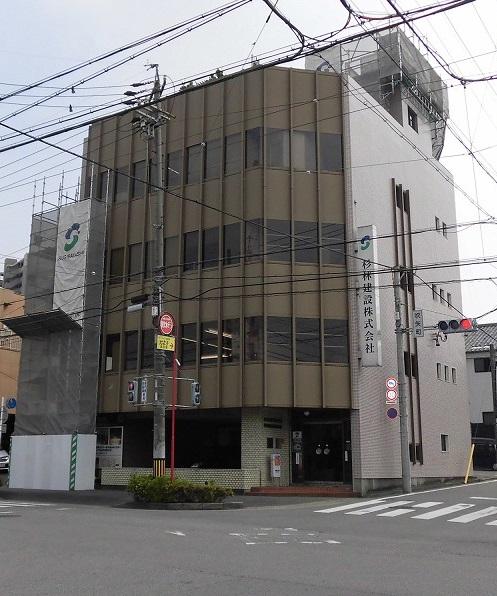 東岡崎駅から徒歩6分!内装リフォーム済みですぐに使用できます!駐車場3台あり!