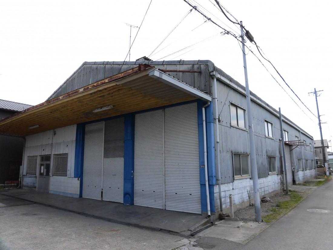 大型倉庫お探しの方におすすめ!希少な大型貸倉庫物件が出ました!駐車場13台あります!豊田東インターへのアクセスも便利です!