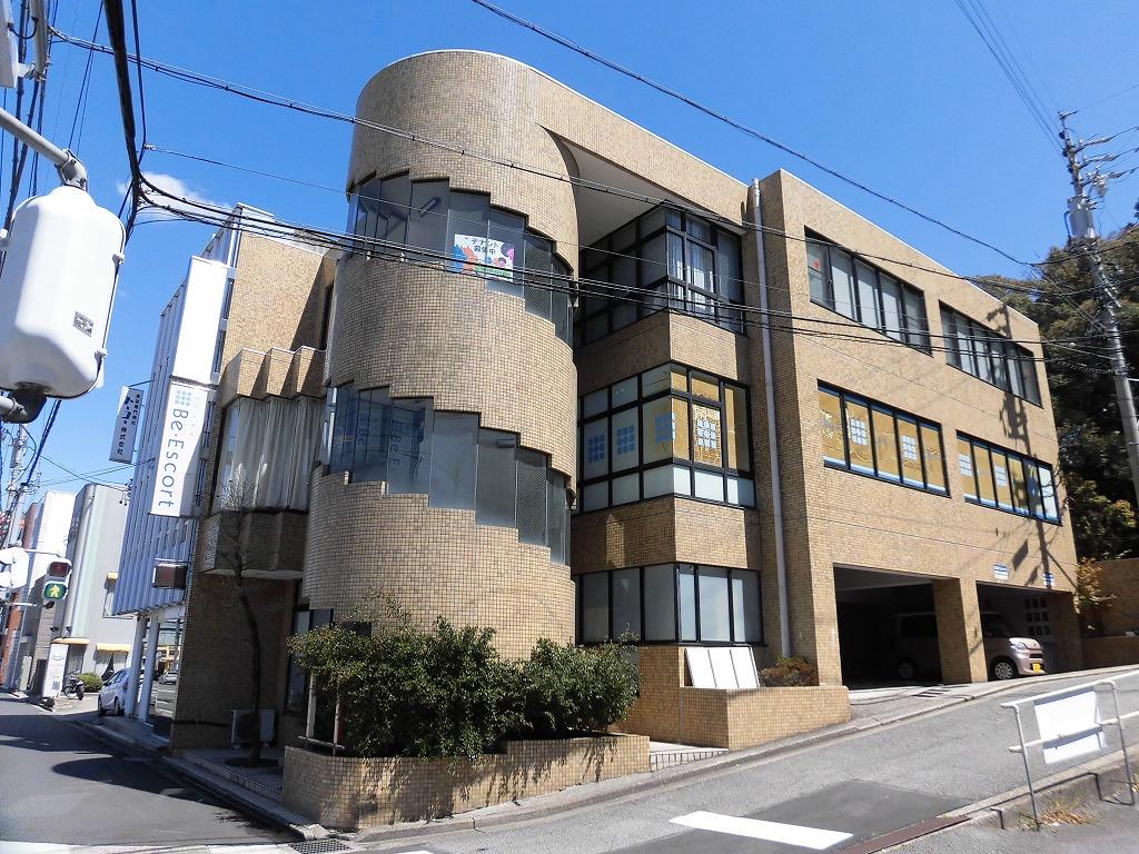 東岡崎駅徒歩6分‼ワンフロアワンテナント物件♪約38坪♪