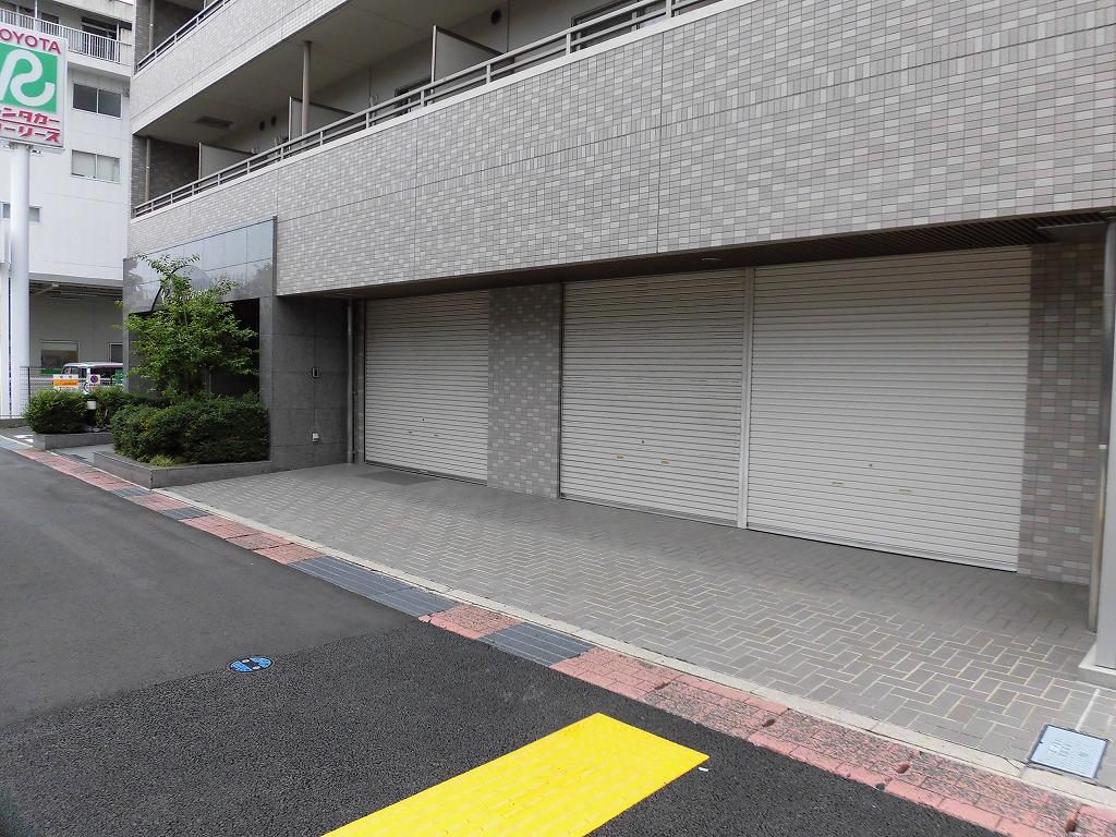 東岡崎駅すぐ!!