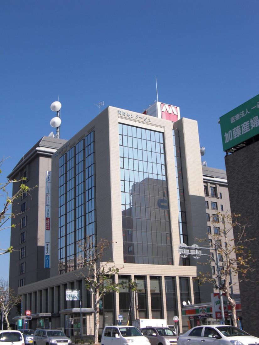 東岡崎駅から徒歩7分の駅近オフィスビル!交通量・人通りの多い通り沿い!事務所におすすめ!