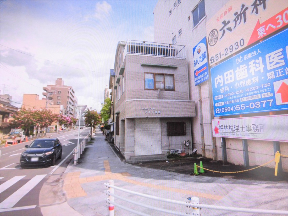 交通量・人通りの多い通り沿い1棟貸物件!東岡崎駅近く!業種・使用用途はご相談下さい!