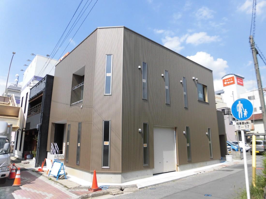 東岡崎駅近くの新築物件です!交通量・人通りが多い通り沿い!業種・使用用途はご相談ください!