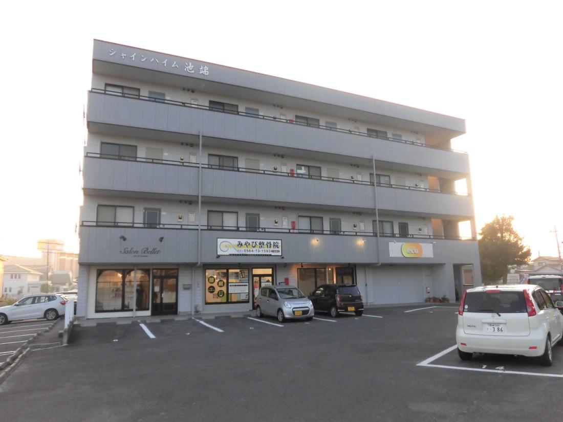 JR西岡崎駅からスグでアクセス便利です!共用駐車場14台込!使用用途はご相談下さい!